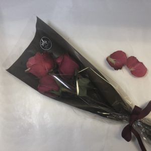 Tre røde roser